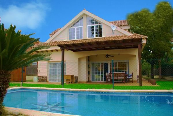 Casa en alquiler vacacional con piscina en zona de sitges - Casas vilanova i la geltru ...